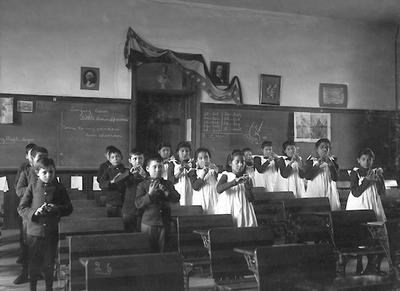 carlisle-indian-school-classroom